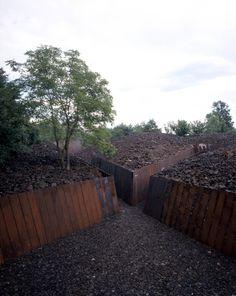 Parque de Piedra Tosca. RCR Arquitectes. Les Preses, Girona, Espanha. 1998-2004.