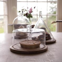 Mango Wood Cake Plate with Tall Rounded Bell Glass Dome Recycled glass cake dome neatly slots into the mango wood base to provide a very stylish and elegant way