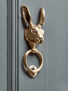 Tree Wood Craved DoorTree Wood Craved DoorNEW Hare door knocker made of solid brass - garden accessories & deco .NEW Hare door knocker made of solid brass - garden accessories & deco Door Knockers Unique, Brass Door Knocker, Door Knobs And Knockers, Antique Door Knockers, Balkon Design, Cox And Cox, Composite Door, The Doors, Unique Doors