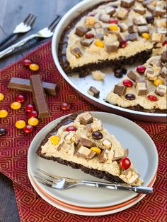 Candy Bar Brownie Dessert Pizza