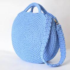 Crochet bag 346706871312979884 - How to Crochet a Beauty and Cute Handbag or Bags? New Season crochet bag; crochet bag holder # Source by sebchrisgros Free Crochet Bag, Crochet Shell Stitch, Crochet Bags, Knit Crochet, Crochet Handbags, Crochet Purses, Cute Handbags, Purses And Handbags, Diy Sac