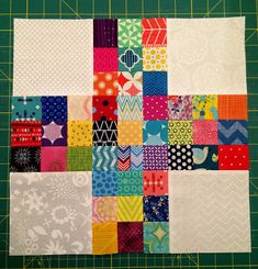 Stash Bee.blogspotcom: Hive 9 - February Tutorial.  13.5 inch block.  2 inch patches.  5 inch white charms