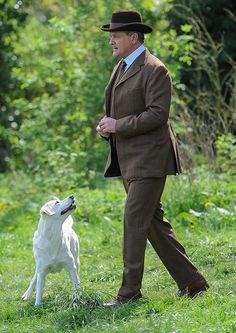 Downtown Abbey Season 5 Lord Grantham and his Best Friend Isis   ..rh