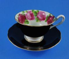 """""""Old English Rose"""" Royal Albert Black"""