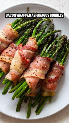 Best Asparagus Recipe, Grilled Asparagus Recipes, Healthy Snacks, Healthy Eating, Healthy Recipes, Vegetable Side Dishes, Vegetable Recipes, Side Dish Recipes, Dinner Recipes