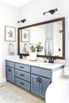 Modern Farmhouse Bathroom Decor Ideas With Cabinets Design images ideas from Home Bathroom Ideas Bad Inspiration, Bathroom Inspiration, Bathroom Inspo, Cool Bathroom Ideas, Bohemian Bathroom, Bathroom Trends, Interior Design Minimalist, Sweet Home, Modern Farmhouse Bathroom