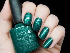 CND Shellac Emerald Lights @chalkboardnails