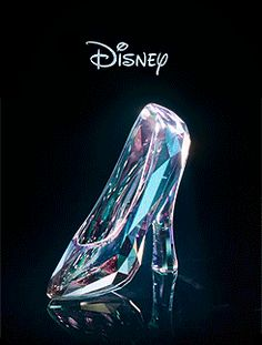 'Cinderella' the movie goes to Hollywood Studios! Cinderella Slipper, Cinderella Shoes, Cinderella Disney, Walt Disney, Disney Princess Jewelry, Aladdin Princess, Princess Aurora, Princess Bubblegum, Bridal Shoes