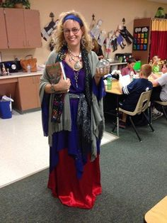 Professor Trelawney| 31 Amazing Teacher Halloween Costumes