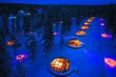Igloos in Kakslauttanen Arctic Resort, Finland Northern Lights Hotel, Northern Lights Canada, See The Northern Lights, Glass Igloo Northern Lights, Unique Hotels, Best Hotels, Luxury Hotels, Top Hotels, Glass Igloo Hotel