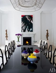 Francis Sultana Updates a Historic London House with Cutting-Edge Art Photos | Architectural Digest