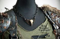Wasteland Post Apocalyptic Wastelander necklace - https://www.etsy.com/nl/people/TravellerWasteland #Apocalypse #jewelry #Wanderer #Warrior #Raider #warriors #dystopian #larp #gear #tribe #riot #steampunk #mad #max #fallout #skull #chain #bird #wings #dieselpunk