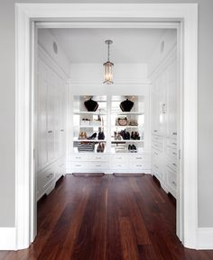 7 Austin Terrace transitional-closet