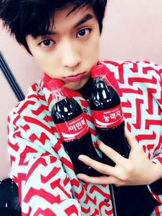 BTOB Minhyuk one for you and one for me