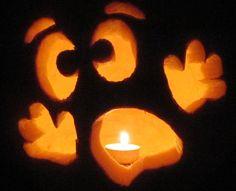 Schnitz-Ideen für Halloween Kürbis