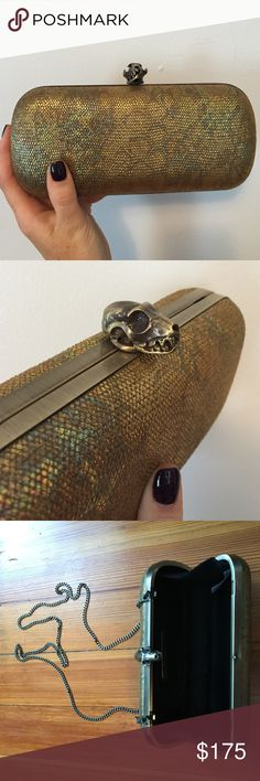 House of Harlow 1960 gold snakeskin clutch Wynn clutch in pebbled snakeskin/gold exterior, skull head closure & optional chain strap. Worn once! House of Harlow 1960 Bags Clutches & Wristlets