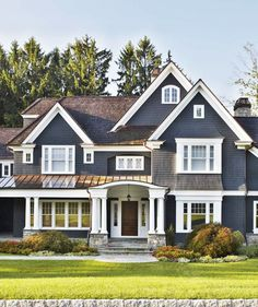 The Exterior 2 story house Design Exterior, House Paint Exterior, Exterior House Colors, Exterior Windows, New York Homes, New England Homes, New Homes, England Houses, Tyni House