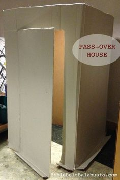 Pass-Over house before the 10th plague (still clean). Activity for classrooms, programs.
