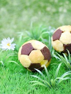 Mini gâteau ballon de football