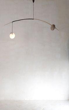 Archimède I Blown glass, beech, walnut – L : 150cm