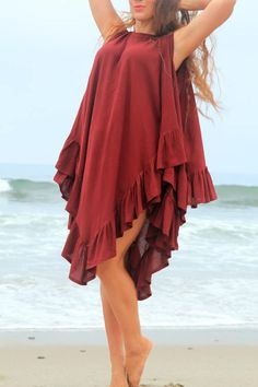Beach Cover Up Poncho with Ruffles - Kaftan Dress with Open Back in Burgundy Wine Cotton Gauze - 24 Colors by Mademoiselle Mermaid Chic Outfits, Dress Outfits, Fashion Outfits, Mode Kimono, Beachwear Fashion, Short Dresses, Summer Dresses, Beach Wear Dresses, Latest African Fashion Dresses