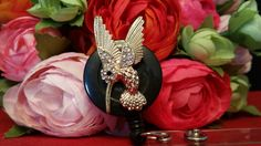 Humdinger of a Humming Bird  on Swivel Alligator Clip or Slide on Clip ID Reel by ChristyBows on Etsy