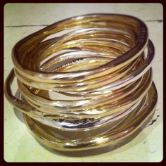 Cindy Crawford's order of ten Everyday Bangles