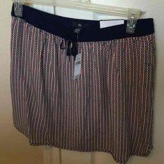 Cool item: NWT Gap printed skirt - M