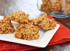 LOVE these Pumpkin Spiced Oatmeal Pecan Cookies from SkinnyTaste!