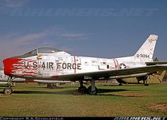 North American F-86H Sabre aircraft picture