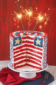 American Flag Layer Cake for the Fourth of July - WOW! | From SugarHero.com