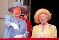Queen Elizabeth turns 89: her life in photos - Queen Elizabeth II, and Queen Elizabeth, the Queen Mother talk together on the balcony of Buckingham Palace in London on June 15, 1996, as they watch a flypast which followed the annual Trooping the Colour ceremony.