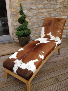 Cowhide Chaise Lounge - modern shape with classic Western appeal. Cowhide Decor, Cowhide Furniture, Western Furniture, Rustic Furniture, Furniture Decor, Cabin Furniture, Furniture Design, Cowhide Chair, Modern Furniture