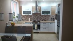 Kuchyňa ELIS Biela / Dub bardolíno  (Darina Vitteková) Kitchen, Furniture, Home Decor, Cooking, Decoration Home, Room Decor, Kitchens, Home Furnishings, Cuisine