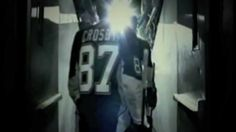 Sidney [Beautiful] Crosby (: I decided to make a beautiful soul vid. ahah Sidney Crosby has a beautiful soul ! Pittsburgh Sports, Pittsburgh Penguins Hockey, Here Comes Peter Cottontail, Nhl Players, Sidney Crosby, Montreal Canadiens, Back Off, Beautiful Soul, Highlights