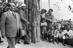 Franco visita las obras del pantano de Santa Ana, en la cuenca del Ribagorzana, en 1955.