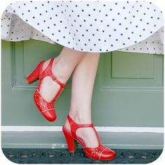 RoyalVintageShoes.com ON SALE - See all our beautiful retro SALE shoes from the 1920s, 30s, and 40s