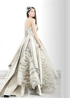 Krikor Jabotian Couture wedding 2014 | KRIKOR JABOTIAN COUTURE SPRING SUMMER 2012 COLLECTION