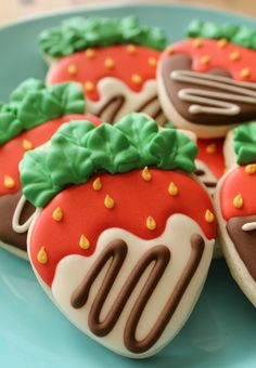 Chocolate Coverd Strawberry Cookies. Full tutorial. This lady really shows you how to decorate these from A through Z! They are NOT hard to decorate! Wouldn't these make a wonderful gift anytime of the year and such a mood lifter!