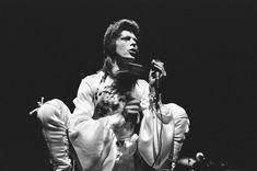 Station to Station - Tokyo, Shinjuku Kōseinenkin Kaikan, April David Bowie Born, Mick Ronson, Bowie Starman, Station To Station, Aladdin Sane, Lovers Eyes, Music Pics, Vogue, Ziggy Stardust