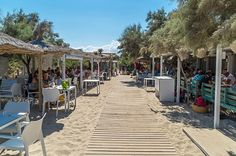One of the best beach bars in Mallorca is the Ponderosa Beach in the north of the island. At the Playa de Muro at Can Picafort you can enjoy beach life. Mallorca Beaches, Balearic Islands, Beach Bars, Work Travel, Spain Travel, Beach Fun, World Traveler, Holiday Travel, Beach Club