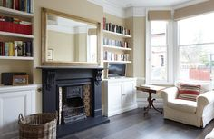 Nice houzz victorian living room to refresh your home Living Room Ideas Uk, Living Room Inspiration, Living Room Modern, Home Living Room, Living Room Designs, Modern Victorian Homes, Victorian Living Room, Victorian Interiors, Edwardian House