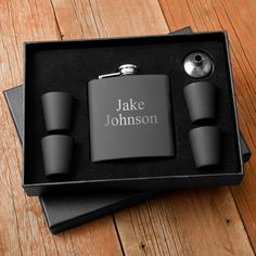 Our personalized Matte Black Flask & Shot Glass Gift Box Set will put your friend above and beyond casual partiers. With 6 shot glasses, these are the perfect number to share with a group of friends. Groomsmen Gifts Unique, Groomsman Gifts, Groomsmen Presents, Groomsmen Boxes, Cool Shot Glasses, Just In Case, Just For You, Future Mrs, Shot Glass Set