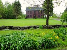 built in 1783 surrounded by 20 acres of fields and woodlands. Huntington, Massachusetts