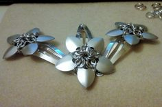 Official Post from Megi Saunders: Making some more Nova Flowers for hair clips tonight! Flowers In Hair, Hair Clips, Nova, Hairpin Legs, Barrette, Hair Pins