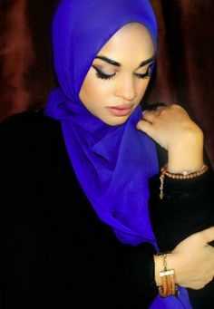 HH Essentials Perfect Everyday Scarf - Sapphire