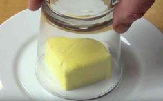 Iedereen die wel eens een taart of cake bakt kent het probleem wel. De boter te laat uit de koelkast halen waardoor deze nog niet op kamertemperatuur is. Nu hebben wij een super handige truc gevonden waarbij je in mum van tijd zeer gemakkelijk boter zacht maakt. Delen Bewaar Like? Bekijk op de volgende paginaRead More