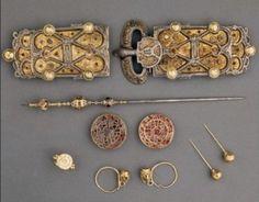 Merovingian Queens-Wisigarde, (540) Arnegunde, (580) and Bathilde (680): http://www.medievalhistories.com/merovingian-queens/