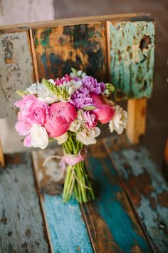 Beautifully PINK ! Flowers // Flowers by Michaela Noelle Designs, Photographed by Danielle Poff #wedding #flowers #pink