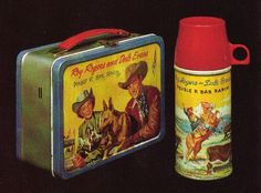 This was my lunch pail.loved Roy Rogers and Dale Evans Looking for a Hop Along Cassidy lunch pail Vintage Lunch Boxes, Vintage Tins, Vintage Stuff, Vintage Metal, Lunch Box Thermos, School Lunch Box, School Days, Sweet Pickles, Metal Lunch Box